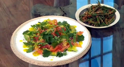 Salmon, avocado and rocket salad