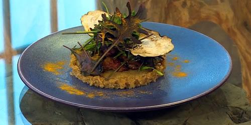 Quinoa tartelette with aubergine, chicken liver and kale