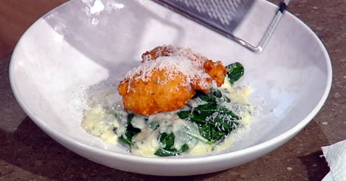 Parmesan fritters with cheesy spinach