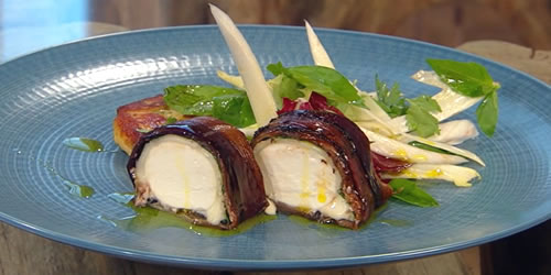 Roast goats' cheese log with spiced potato breads