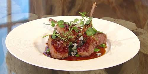 Lamb cutlets with pea salad