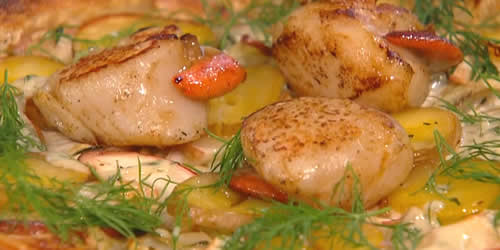 Scallop, potato and fennel tart with dill sauce