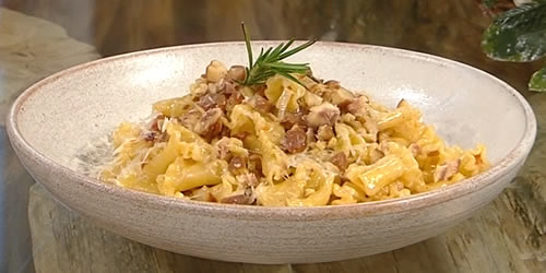 Trompetti with chestnut and pancetta sauce