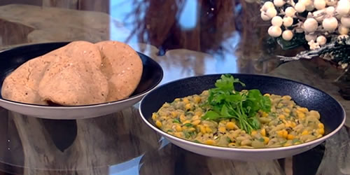 Channa dal with crispy puris