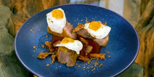 Crisp pork belly with deep-fried quail's eggs and brown sauce