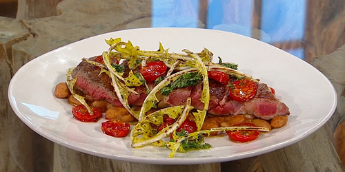Grilled sirloin 'tagliata' with beans and salsa verde