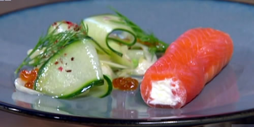 Smoked salmon and cucumber salad