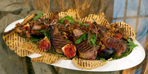 Lamb chops with rocket, figs and walnuts