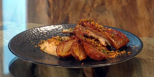 Confit lamb ribs with shallots