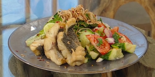 Crispy sea bass with chilli and lemongrass noodles