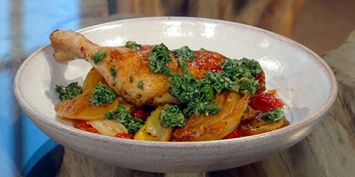Roast chicken legs with potatoes, fennel and tomatoes