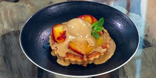 Almond-tart-with-roasted-peaches-and-liquorice-ice-cream.jpg