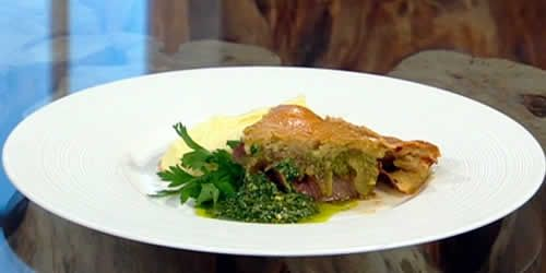 Beef-and-onion-pie-with-a-herby-garlic-and-anchovy-sauce.jpg