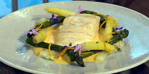 Braised-halibut-with-maltaise-sauce-and-asparagus.jpg