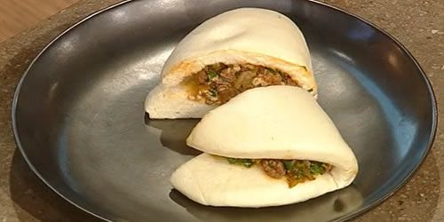Chicken-and-kimchi-bao-sliders.jpg