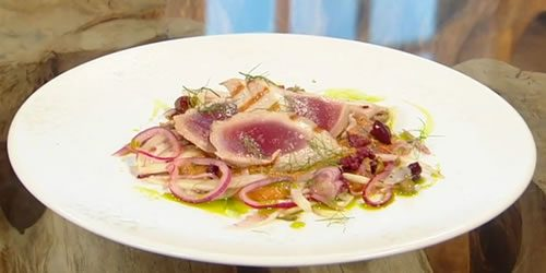 Grilled-tuna-with-raw-fennel-and-red-onion-salad.jpg