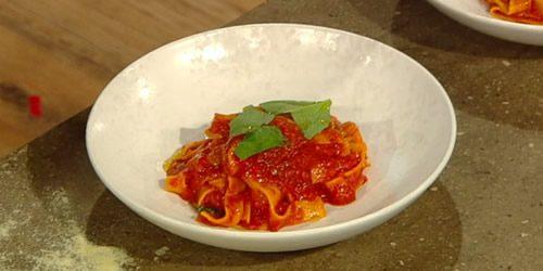 Homemade-pasta-with-tomato-sauce.jpg