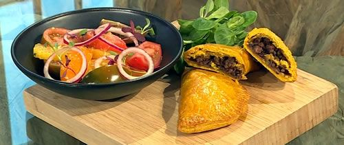 Jamaican-beef-patties-with-ginger.jpg