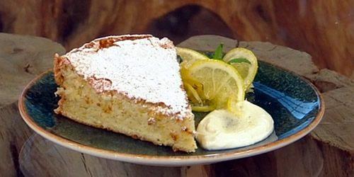 Lemon-sponge-cake-with-confit-vanilla-lemons.jpg