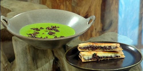 Potato-and-parsley-soup-with-black-pudding-and-cheddar-toasties.jpg