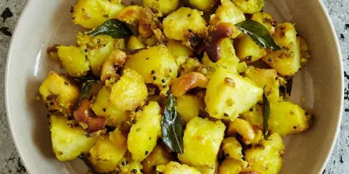 Potatoes-with-cashew-nuts-kaju-aloo.jpg