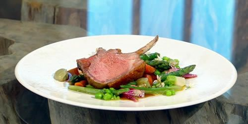Rack-of-lamb-with-whipped-garlic-mash-and-tapenade.jpg