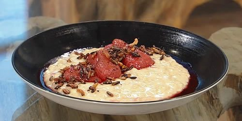 Rice-pudding-with-strawberries-and-puffed-rice.jpg