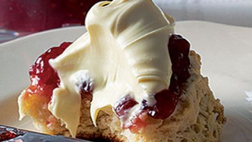 Scones-with-strawberry-compôte-and-clotted-cream-1.jpg