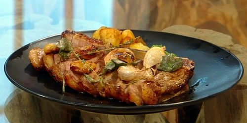 Sirloin-steak-with-cavolo-nero-dressing-and-baby-potatoes.jpg