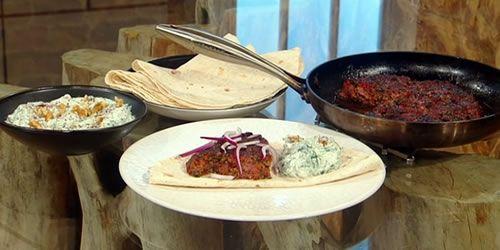Tepsi-kebab-with-spinach-yoghurt.jpg