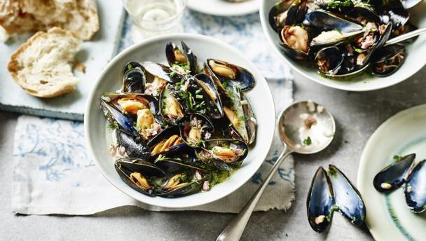 mussels_with_bayonne_ham_91522_16x9.jpg
