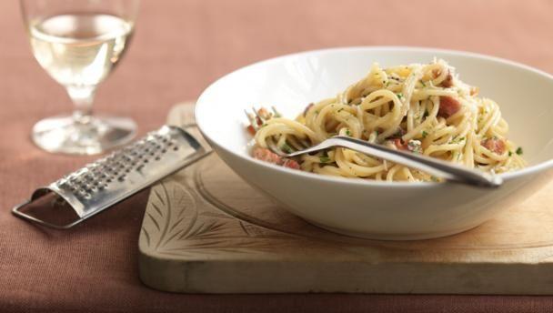 spaghettiallacarbona_86763_16x9.jpg